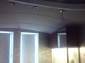 дизайн интерьера кухня гостиная потолок